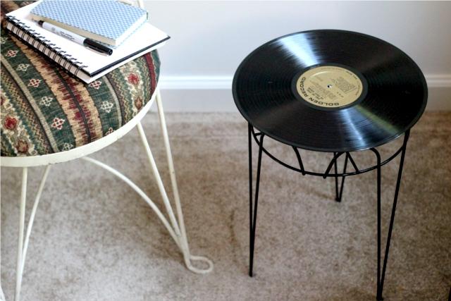 mesinha de disco de vinil