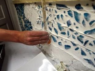 decoracao de parede com cacos de vidro e massa corrida 8