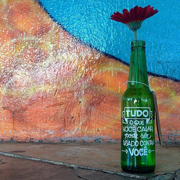 as garrafas inspiradoras do projeto letras garrafais 07
