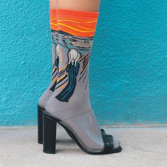 criativas meias inspiradas em obras de arte 02