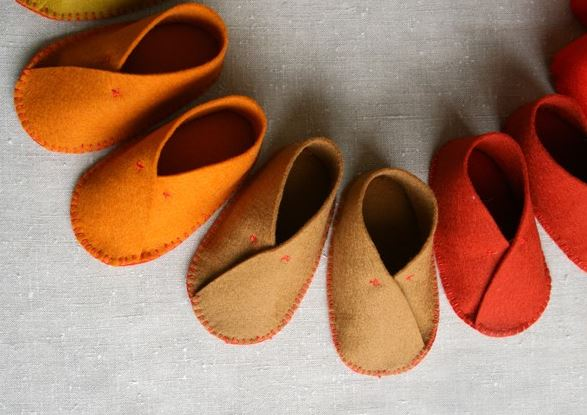 sapatinhos de feltro para bebe 01