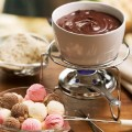 fondue de sorvete com calda de chocolate 01